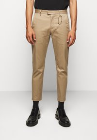 CLOSED - DEVON SLIM - Chino - deep dune - 0