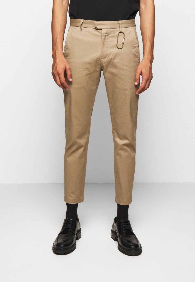 CLOSED - DEVON SLIM - Chino - deep dune