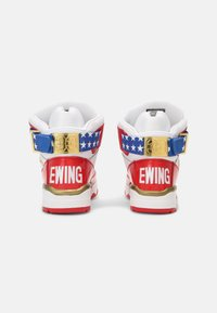 Ewing - 33 HI USA 4TH OF JULY - Baskets montantes - white/blue/gold - 2