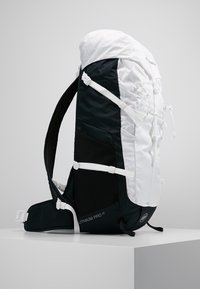 Mammut - LITHIUM PRO - Hiking rucksack - white/black - 3