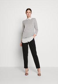 Dorothy Perkins Tall - SPOT HEM 2 - Pullover - light grey - 1