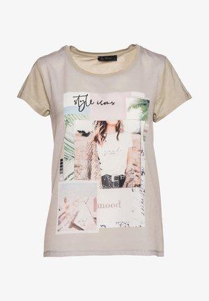Print T-shirt - pistazie