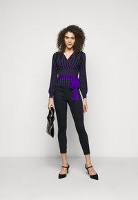 J Brand - DELLAH - Slim fit jeans - magna - 1