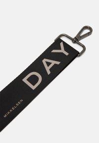 DAY ET - COLOR STRAP - Across body bag - black - 1