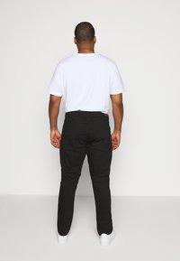 Jack´s Sportswear - Straight leg jeans - clean black - 2