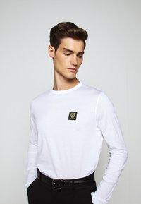 Belstaff - LONG SLEEVED  - Long sleeved top - white - 7