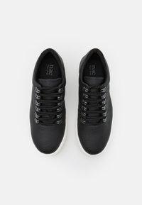 NAE Vegan Shoes - AMBER VEGAN  - Sneakers laag - black - 5