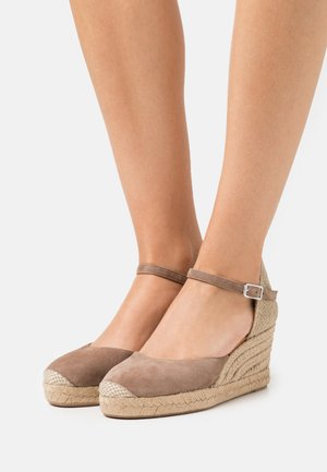 CACERES - Platform sandals - funghi