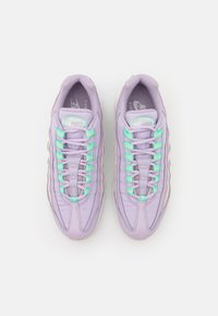 Nike Sportswear - AIR MAX 95 - Zapatillas - infinite lilac/white/sea glass/green glow/barely rose/barely green - 4