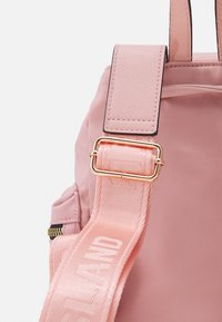 River Island - Rucksack - pink light - 3