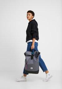 adidas Originals - ROLLTOP - Rucksack - onix - 7