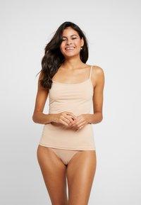 Skiny - DAMEN SPAGHETTISHIRT 2ER PACK - Maglietta intima - beige - 0