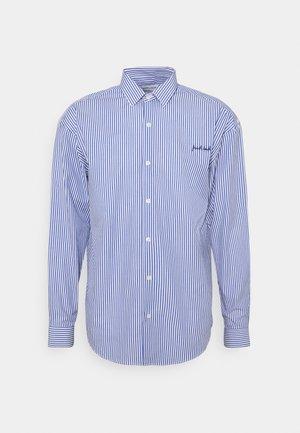 BOXY SHIRT FRENCH TOUCH - Shirt - white blue