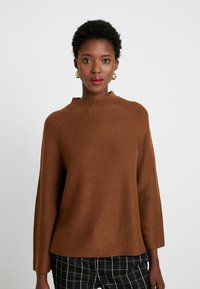 s.Oliver BLACK LABEL - LANGARM - Jumper - winter hazelnut - 0