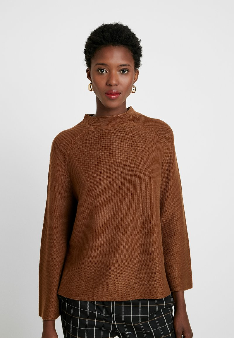 s.Oliver BLACK LABEL - LANGARM - Jumper - winter hazelnut