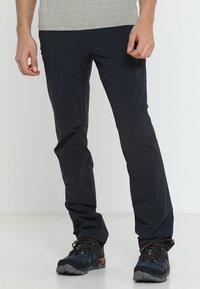 Mammut - RUNBOLD PANTS  - Pantalon classique - black - 0