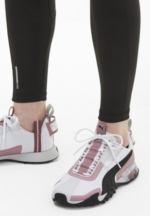 KVINNA - Sneakers - white-foxglove- black