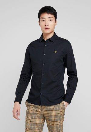 SLIM FIT  - Skjorta - true black