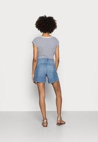 Esprit - DENIM - Denim shorts - blue light wash - 2