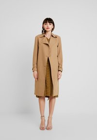 AllSaints - AVITA - Trenchcoat - tawny brown - 1