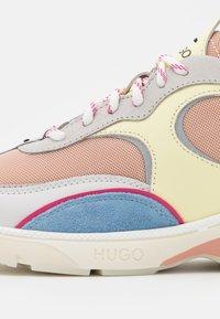 HUGO - GILDA RUNN - Baskets basses - light beige - 6
