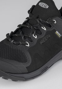 Keen - EXPLORE  - Trainers - black/star white - 6