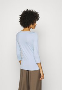 Tommy Hilfiger - BOAT NECK TEE 3/4 - Long sleeved top - breezy blue - 2