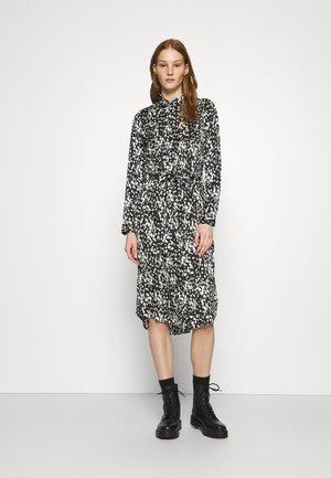 VMBECKY CALF DRESS - Košilové šaty - black