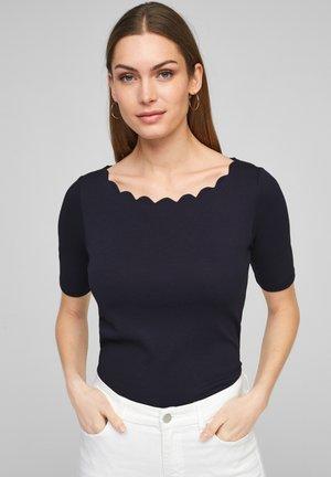 MIT MUSCHELSAUM - Basic T-shirt - dark navy