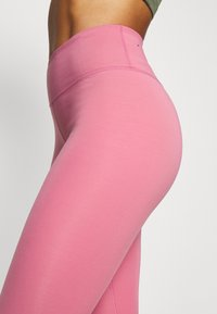 Nike Performance - ONE LUXE - Tights - desert berry/clear - 5