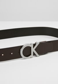 Calvin Klein - BUCKLE BELT - Pásek - brown - 4