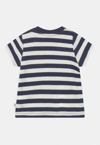 Frugi - POLZEATH POCKET LION UNISEX - Print T-shirt - indigo - 1