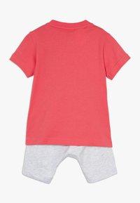adidas Performance - LOGO SUMMER TRACKSUIT BABY SET - Tracksuit - core pink/white - 1