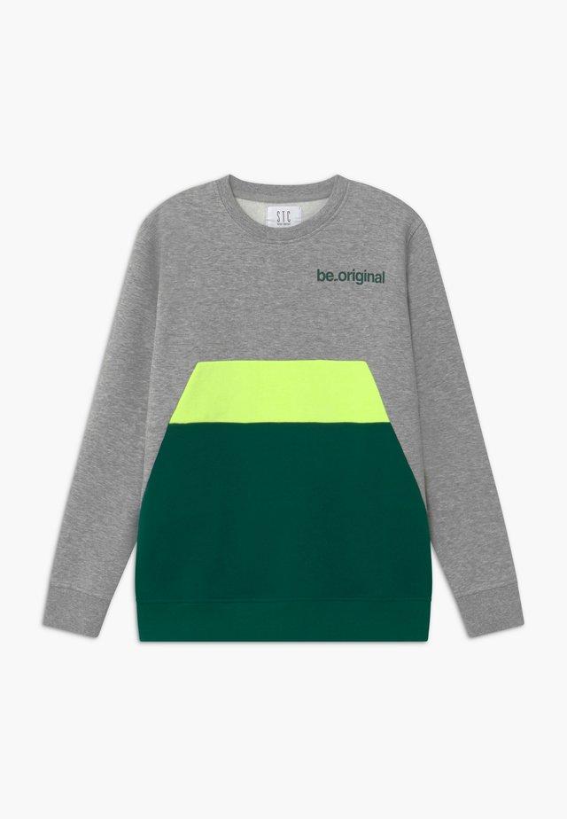 TEENAGER - Sweatshirt - forest green