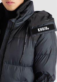 khujo - PERUN - Winter coat - schwarz print - 6