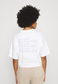 Pepe Jeans - APRIL - Print T-shirt - oyster - 2