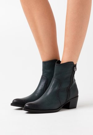 BOOTS - Cowboystøvletter - green antic