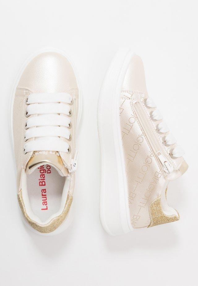 Sneaker low - ivory