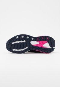 Reebok - LIQUIFECT 180 2.0 - Zapatillas de running neutras - vector navy/glass pink/pink - 4