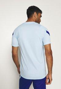 Nike Performance - CHELSEA LONDON - Vereinsmannschaften - cobalt tint/rush blue - 2
