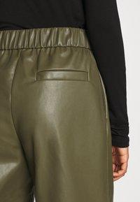 Monki - CELESTE TROUSERS - Trousers - khaki - 3