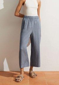 OYSHO - Pantalon classique - blue - 1