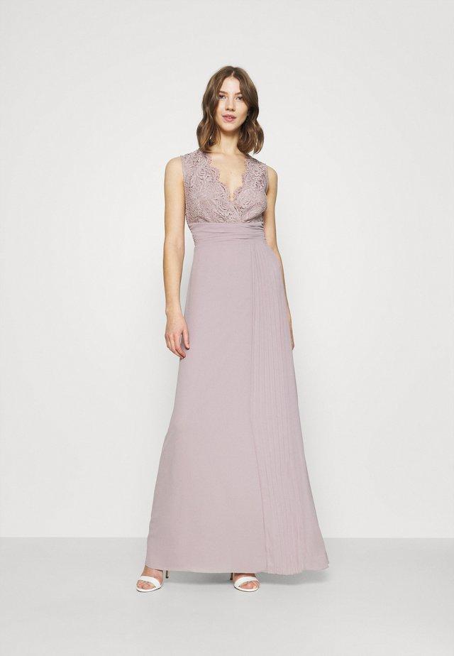 RAELYN - Společenské šaty - lavender fog