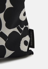 Marimekko - KIOSKI LOPULTA UNIKKO BAG - Tote bag - off white/black - 2