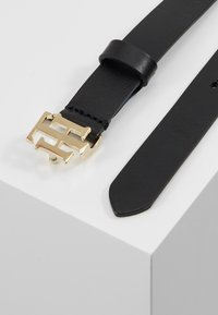 Tommy Hilfiger - INTERLOCK BELT - Pasek - black - 2
