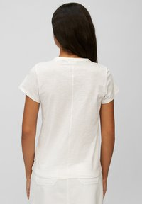 Marc O'Polo DENIM - REGULAR FIT - Basic T-shirt - scandinavian white - 2
