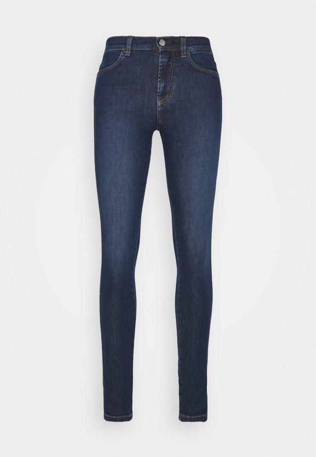 LOLA SUPER STRETCH - Skinny džíny - midnight