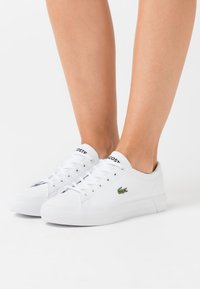 Lacoste - GRIPSHOT  - Baskets basses - white - 0