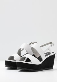 Marco Tozzi - Platform sandals - white/black