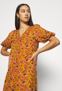 Vero Moda - VMVILDE CALF DRESS - Day dress - buckthorn brown - 3